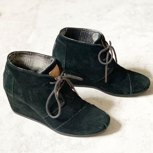 Toms Black Suede Kayla Wedge Ankle Booties 7